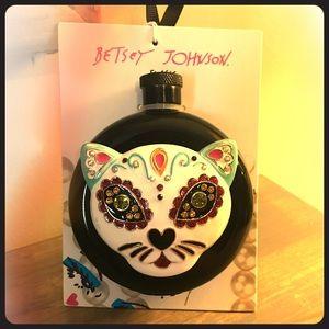 Betsey Johnson skull kitty flask new